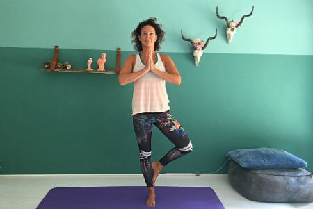 5 yoga buikspieroefeningen boom