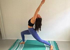 3 x ochtend yoga oefening krijger kracht