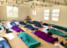 yogastudio yoga loft hilversum savasana Wereld van Yoga