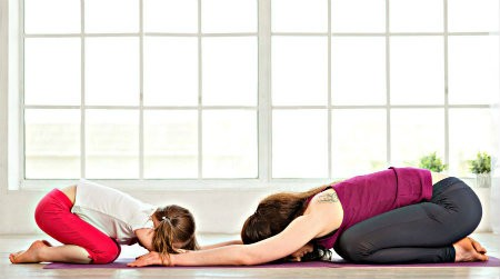yoga drukke mama's met je kind