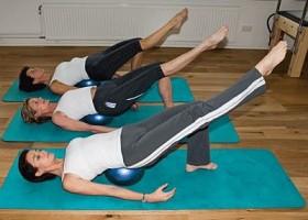 yoga pilates studio huis van heemstede vrouwen bal Wereld van Yoga
