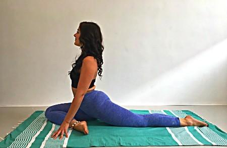 yoga bij hardlopen hamstrings stijf duifhouding