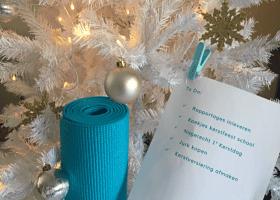 Kerststress voorkomen yoga mindfulness Kerststress voorkomen met yoga en mindfulness! - Wereld van Yoga