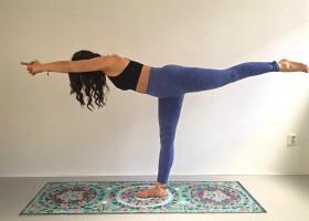 de krijger 3 virabhadrasana in yoga De Krijger 3 (Virabhadrasana) in yoga - Wereld van Yoga