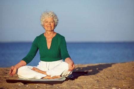 hoe kies je beste yogamat dikkere mat oudere mensen
