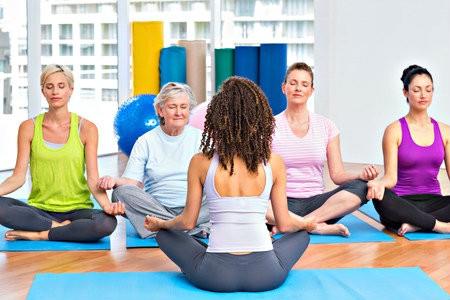 yoga drukke mama's wekelijkse yogales