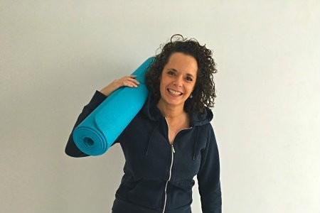bedrijfs yoga op zakelijk evenement docente ellen spoor