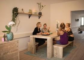yogastudio helder yoga den haag sfeervolle studio Wereld van Yoga