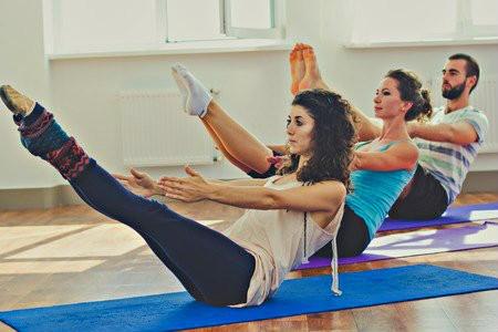 yoga helpt bij minder eten core houdingen
