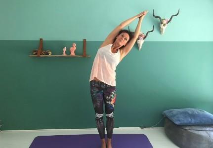 halve maan ardha chandrasana yoga voordelen