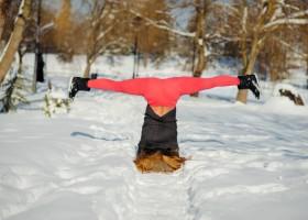 5 yoga oefeningen als je koud hebt 5 yoga oefeningen voor als je het koud hebt - Wereld van Yoga