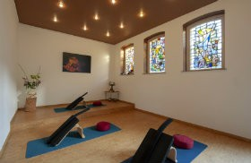 yoga in rotterdam west integrale yoga schiedam
