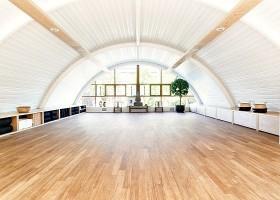 yoga amsterdam centrum delight yoga zaal houten vloer