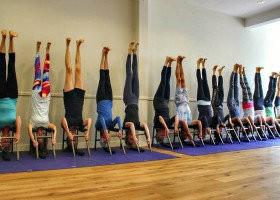 yoga studio elvi den haag centrum archipelbuurt mensen yogales