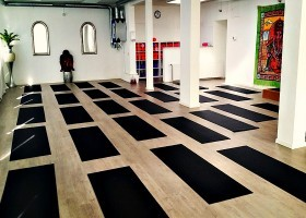 yoga rotterdam noord schiebroek hot yoga place