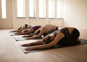 yogastudio helder yoga den haag yin yoga rustig Wereld van Yoga