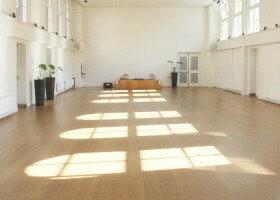 restorative yoga amsterdam studio de nieuwe yogaschool