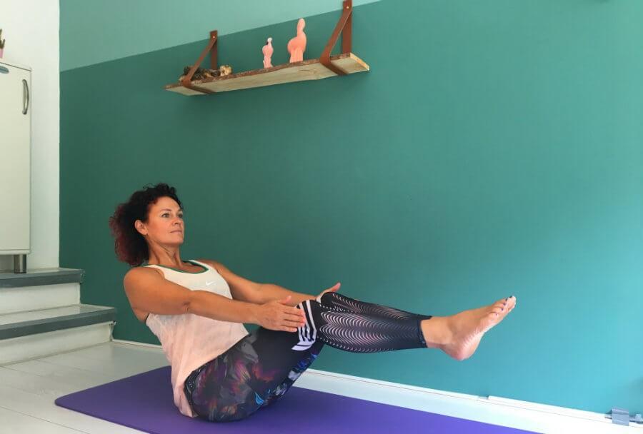 5 buikspieroefeningen yoga 5 x yoga buikspieroefeningen    - Wereld van Yoga