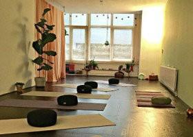 Yoga school Rotterdam Studio MiraMira